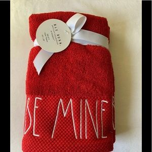 Rae Dunn Be Mine Hand Towels